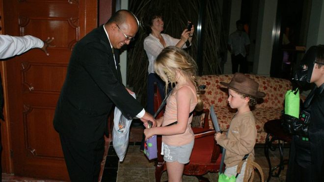 Kids at Now Sapphire Riviera Cancun enjoyed an evening of trick-or-treating around the resort!