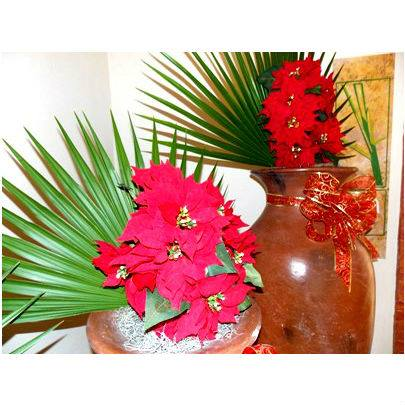 12.18.13 Now_Holiday Decor 1
