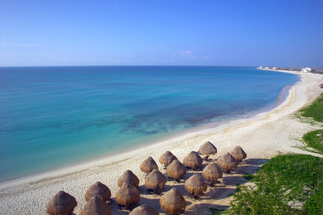 The flawless beach of Now Jade Riviera Cancun Resort & Spa.