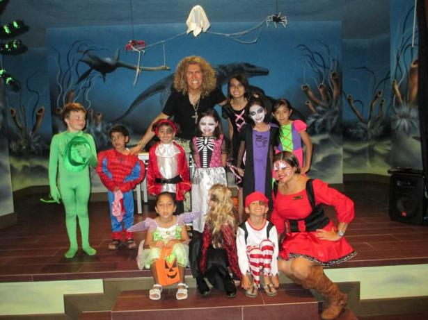 The Explorer's Club at Now Amber Puerto Vallarta is ready for their Trick Or Treat parade